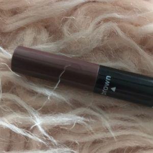 Kylie Cosmetics Makeup - Kylie double eyeliner